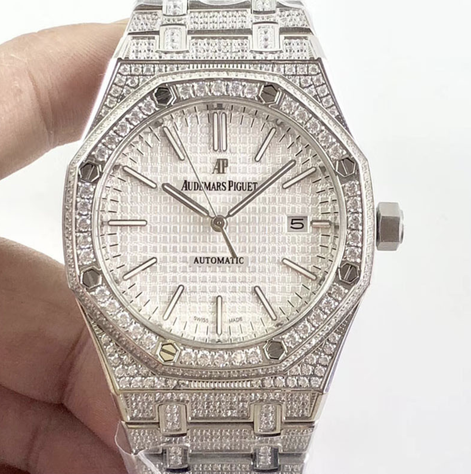 Audemars piguet replica royal oak 15400ST 41mm white gold full paved diamonds white dial